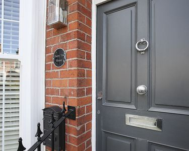 Photo for Luxury House in Lytham,with Parking.2 min walk to the sea.Champagne on arrival!