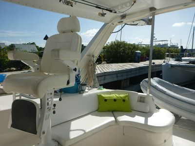 Helm of Palometa, a 47 ft Leopard. Rates start at $1,195 a night for 2 persons.