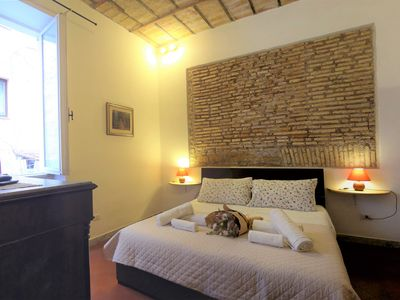 Photo for Historical Center of Rome Trastevere-Piazza Navona, Confort, AC, WiFi,Netflix TV