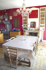 dining table, that seats a cosy 14 with the extensions