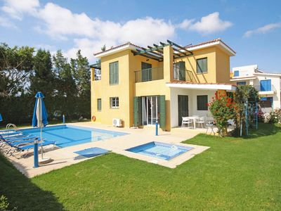 Photo for Villa, Coral Bay  in Um Paphos - 6 persons, 2 bedrooms