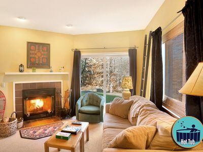 Photo for Centrally located premier condo with on site spa & fitness center
