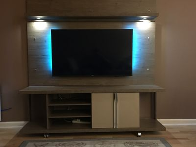 """50"""" Samsung Smart TV with Xfinty 1 Internet/Cable Package 150 channels"""
