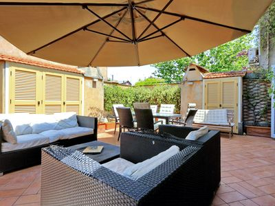 Photo for Beautiful terrace in Trastevere area