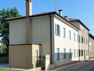 Photo for Modern accommodation, just renovated, private garden, free wifi, near Treviso