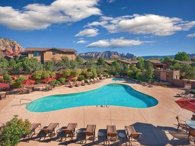 Photo for Luxury Condo w/ Outdoor Resort Pool & Hot Tub, Free WiFi and More!