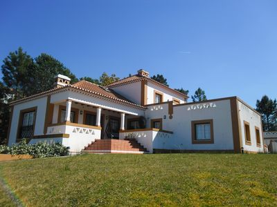 Photo for Villa w / Wi-Fi, private pool and marina, access to albufeira and islands