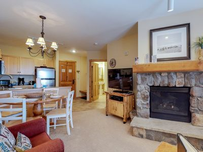 Photo for Updated condo with shared pool & hot tub - walk to the gondola & restaurants!