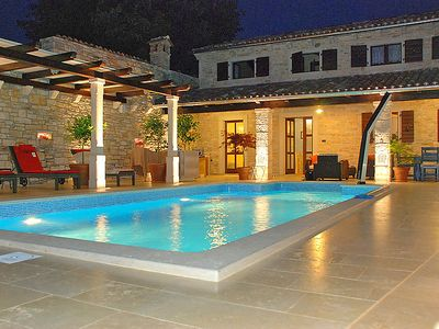 Photo for 5 bedroom Villa, sleeps 11 in Grubiši with Pool, Air Con and WiFi