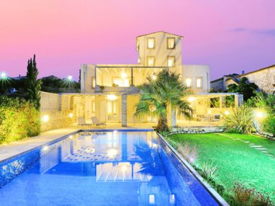 Photo for Villa with  heated swimming pool with scenic views to both sea and mountains