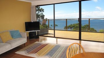 Search 370 holiday rentals