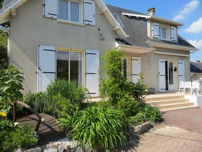 Photo for Super comfortable villa with heated pool near Mont Saint Michel.
