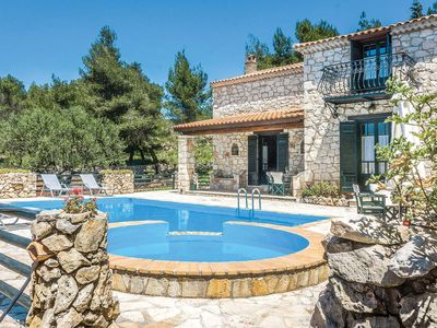 Photo for 3 bedroom Villa, sleeps 6 in Loucha with Pool, Air Con and WiFi