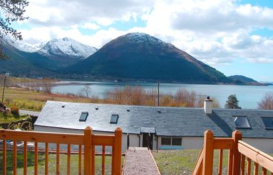 Strange Renovated Lochside Cottage Nr Fort William Glencoe Sleeps 4 6 Ft William Home Interior And Landscaping Ymoonbapapsignezvosmurscom