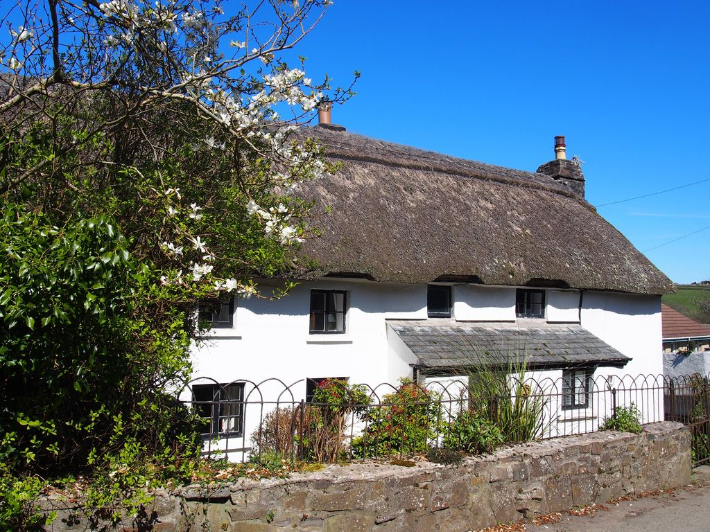 Lovely Devon Cottage With Private Indoor Swimming Pool 5 Br Vacation Cottage For Rent In