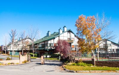 Photo for Condo-Cabin/Pool/Jacuzzi/Village 1  Mile/Slopes 3 Miles!!