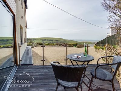 Photo for 1BR Cottage Vacation Rental in BURTON BRADSTOCK, South West England