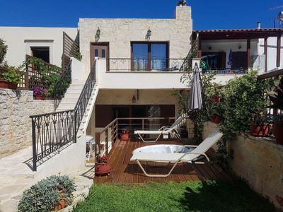 Photo for Lovely apartment for 5 guests with A/C, WIFI, TV and balcony