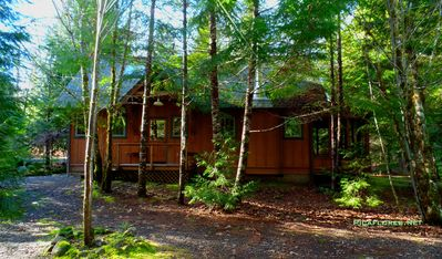 Photo for Secluded Cabin on Horse Creek, Outdoor Camp Kitchen, Sauna & Bathouse