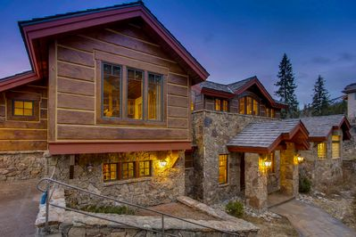 Welcome  - to Chateau at Trapper's Glen!
