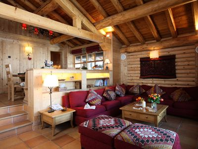 Photo for Exclusive chalet 10 pers. at the foot of the slopes - 5 Rooms 10 people