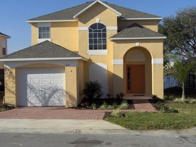 Photo for South Facing Orlando home with 4 bedroom, 3 bathroom and Pool with Lake View