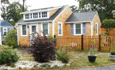 Photo for Peaceful 2 Bdrm Cottage WiFi A/C Ingrd Pool & Walk To Beach!