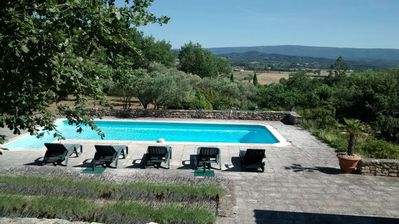 Photo for Vignasse house, near Rousillon and Gordes, pool, large garden, beautiful views