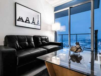 Photo for ❤️ OF CALGARY-LUXURY EXEC SUITE, SUITE-CASE READY