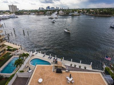 Photo for BEAUTIFUL FT. LAUDERDALE BEACH CONDO, STUNNING INTRACOASTAL/DOWNTOWN VIEWS!