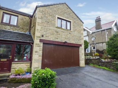 Photo for THE BEECHES, with a garden in Giggleswick, Ref 932523