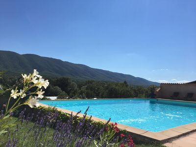 Photo for Charming Mas at 15km from Provençal Colorado and Apt, pool in 4 ha pte