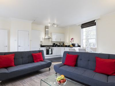 Photo for COZY COVENT GARDEN FLAT - OXFORD STREET