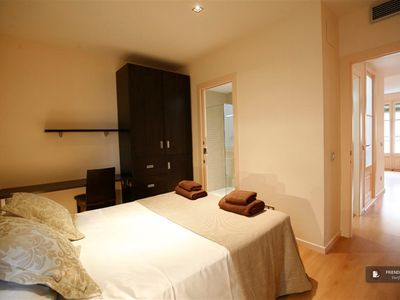 Photo for Friendly Rentals The Dream Gracia IV Apartment in Barcelona