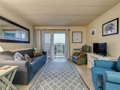 Photo for NEW LISTING! Charming 1st-floor beachfront condo w/private balcony-free parking!