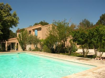 Photo for Rental house with pool, in Ménerbes Vaucluse