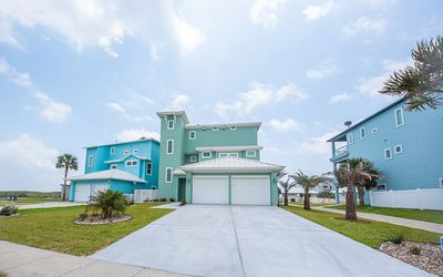 Photo for All Decked Out: Private Pool, Pet Friendly, Game Room, Boardwalk to Boardwalk