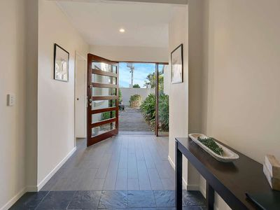A Tastefully Styled  Pet-Friendly with Private Pool Heated During Winter Months.