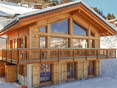 Photo for Chalet Aventure - stunning 5-bedroom luxury chalet, with sauna & fantastic views!