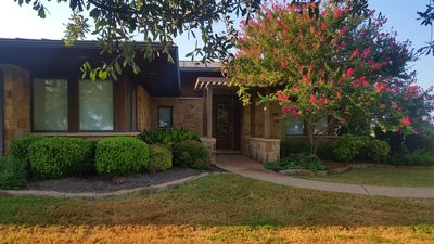 Photo for Lakecliff Cottage - Lake Travis - Spicewood