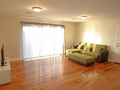 Photo for PERFECT 3 BEDROOM APT, 20 min to NYC Times Square