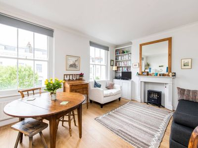 Photo for Cosy and Bright 1 Bed Apartment in Pimlico