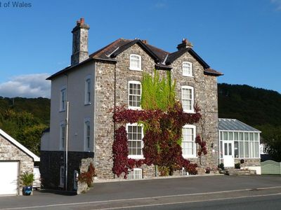 Photo for Not only is Llys yr Afon apartment a short walking distance from the delights of the picturesque har
