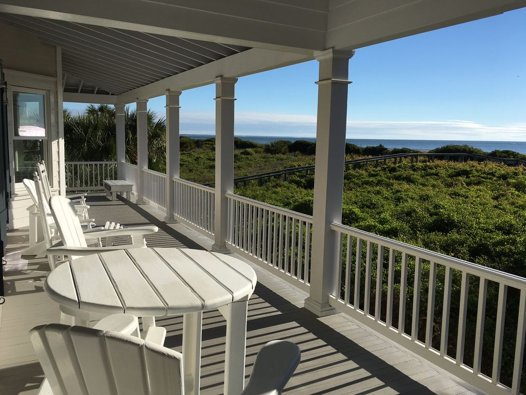 Vrbo Tybee Island 1 Bedroom Oceanfront Home With Stunning Ocean Views Vrbo