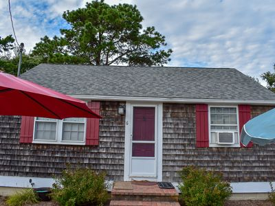 Photo for Lovely 2 bedroom completely renovated less than .5 miles to the beach!