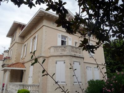 Photo for Biarritz centre, beach to walk, terrace & parking, 3 main rooms in listed villa