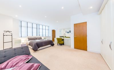 Photo for CHIC 3 BEDROOM PENTHOUSE APARTMENT NEAR BIG BEN CENTRAL LONDON