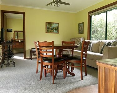 Photo for Azalea Cottage - Tumut River