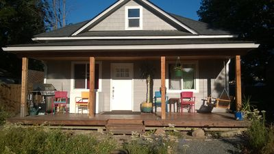 Photo for Seven Bees- 2 bedrooms, downtown Sandpoint, bikes included!