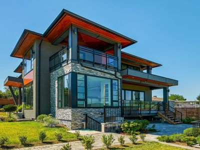 Photo for The Chateau - New, Modern & Luxurious 4BR house